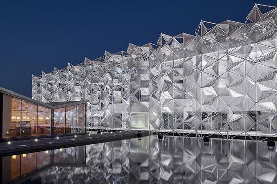 世界中のアイディアを大阪・関西につなげるアクションへ、日本政府がドバイ万博「日本館」の概要を発表